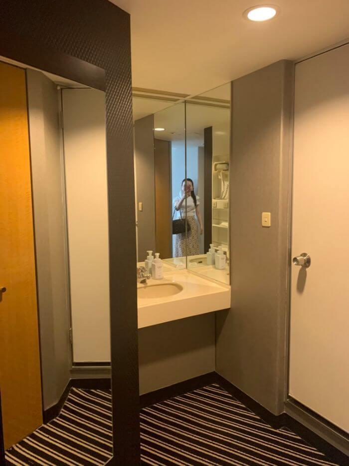 アパホテル&リゾート幕張お風呂や洗面台