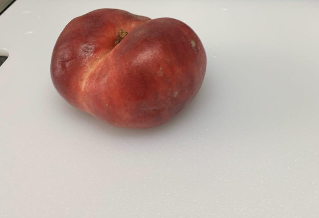 ヨーロッパ(スペイン)の潰れた桃