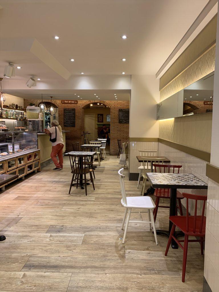 バルセロナゴシック地区のカフェ「El Mos」