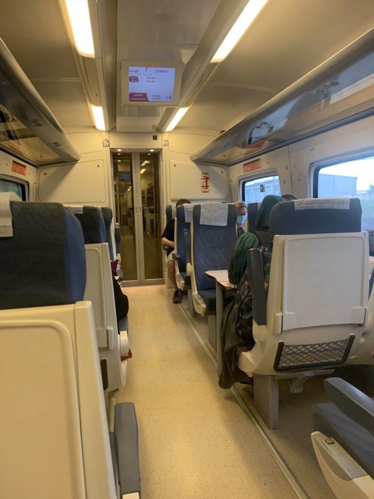 ジローナからバルセロナへの電車
