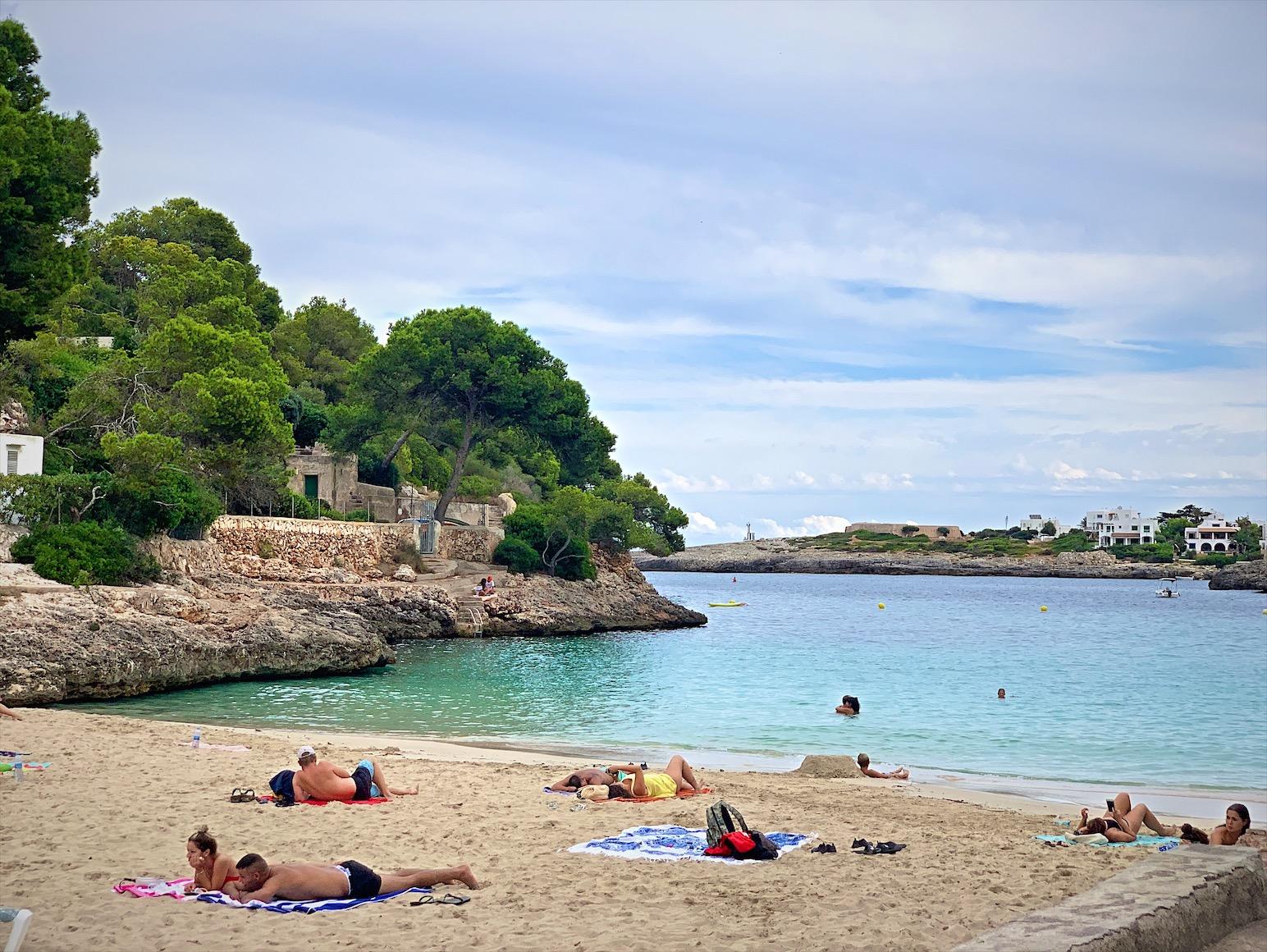 Cala d'Or (カーラ・ドール)マヨルカ島で綺麗な海