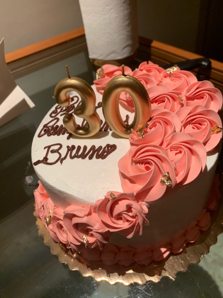 バルセロナのケーキ屋で誕生日ケーキ!