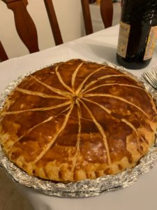 スペインのクリスマス最終日(レジェスマゴス)に食べるケーキロスコンデレジェス