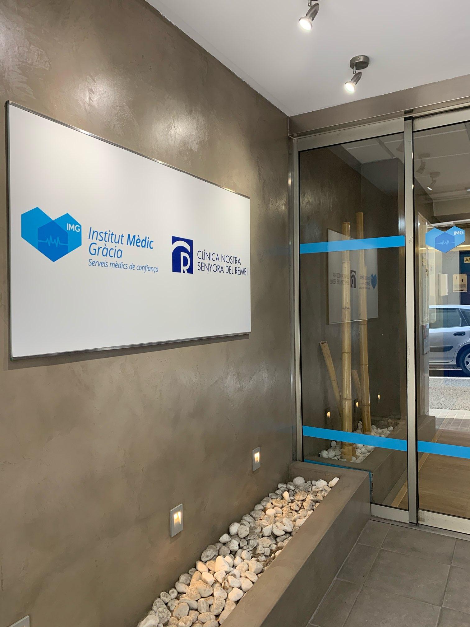 スペインで免許の変更に必要な運転適性検査センターで書類を集める