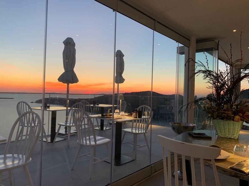 サントリーニ島の絶景レストラン