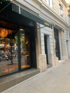 バルセロナのキラキラ女子が集まるお洒落レストラン、FEROZ