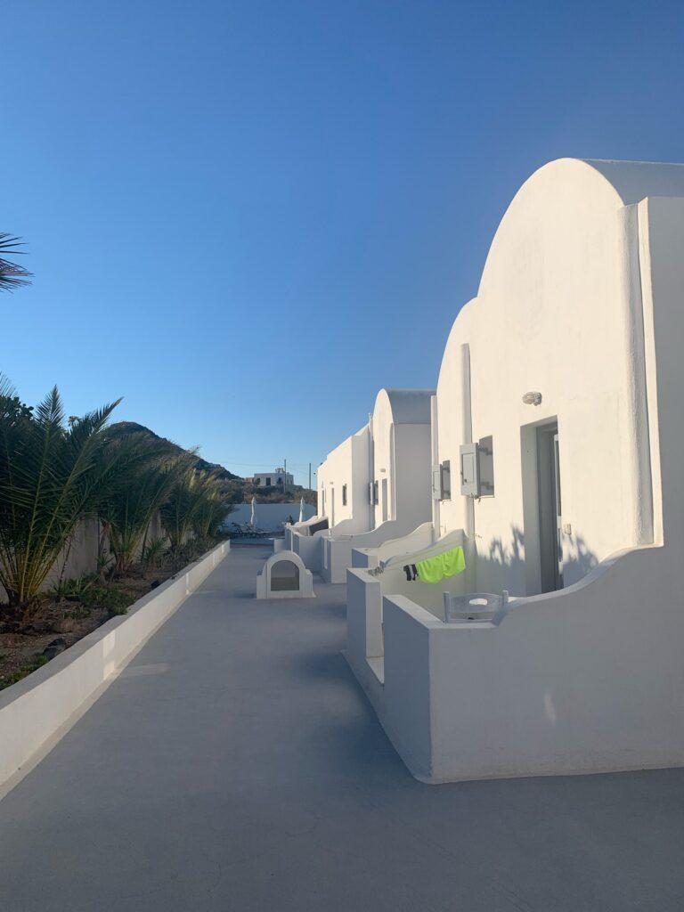 サントリーニ島で宿泊した可愛いビラ