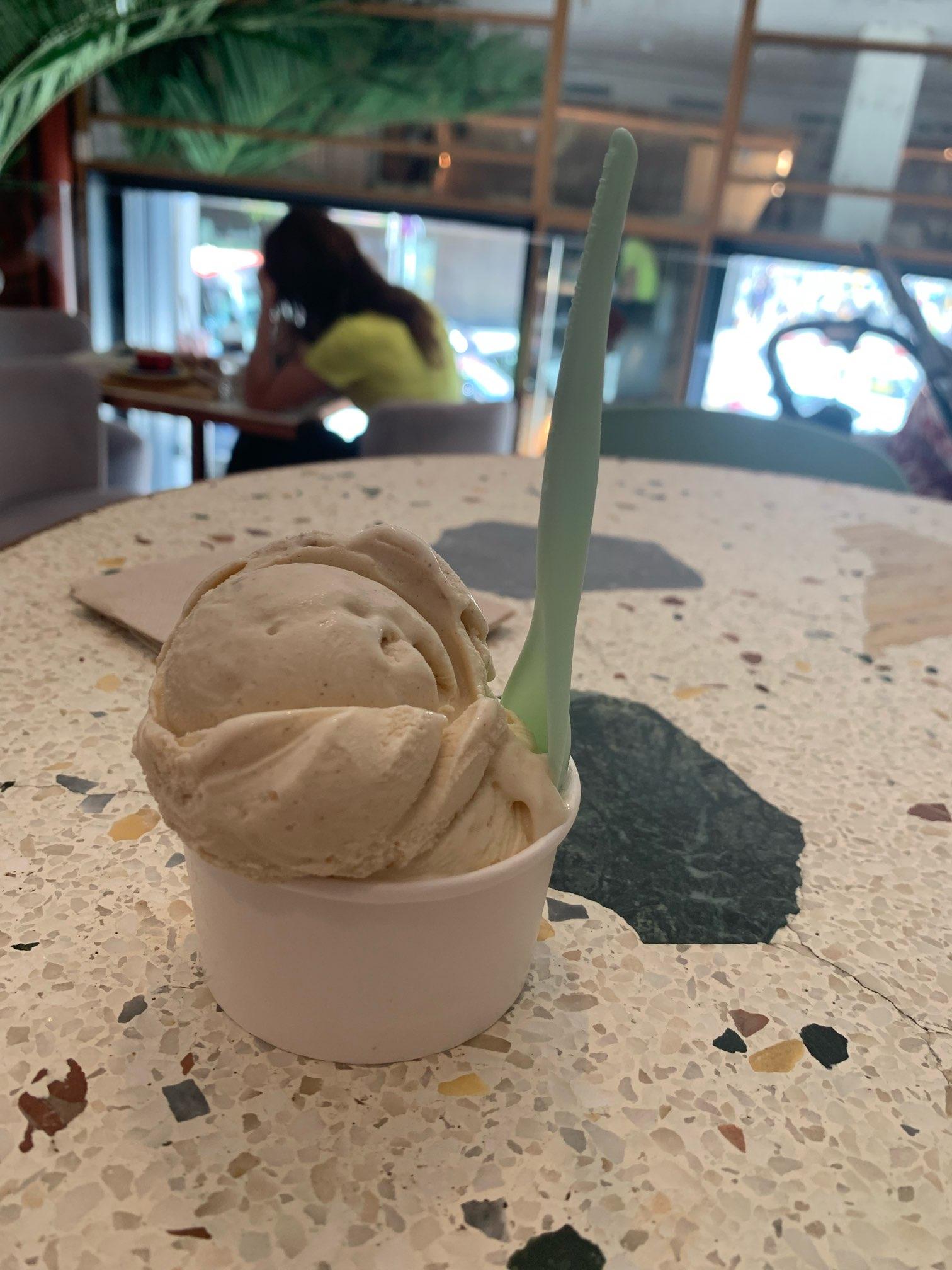 バルセロナでアイスクリーム
