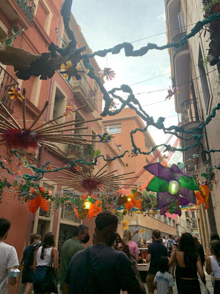 バルセロナのグラシア祭りに参戦