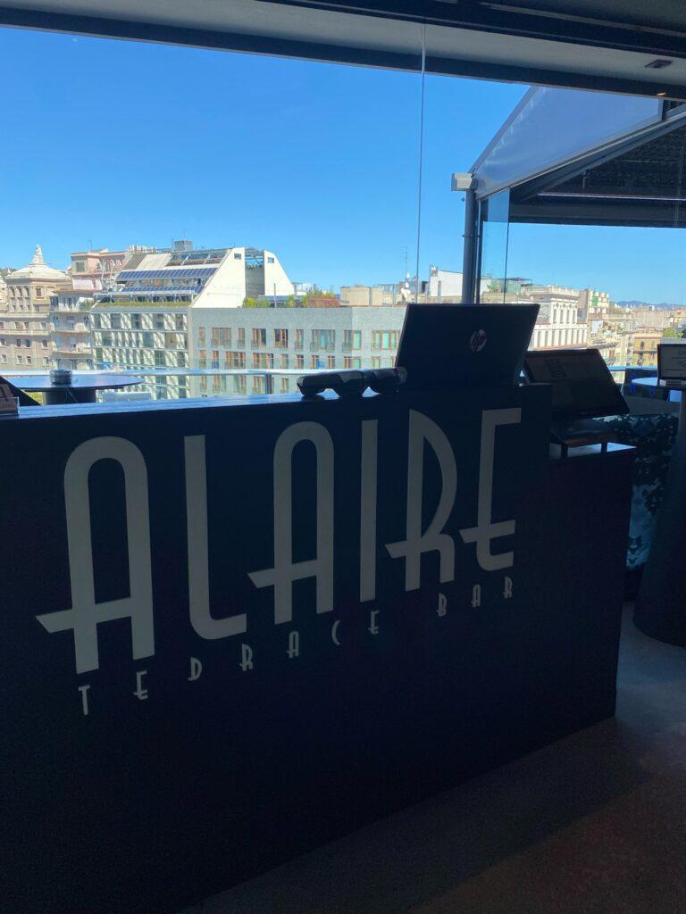 バルセロナが一望できるバーでランチ一望できるバーでランチ